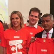 """Romário com Float Health abraçando a causa """"Movimento Duchenne"""""""